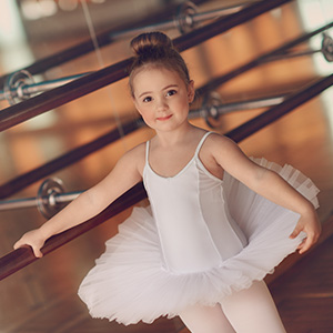 9d0ab0768737 Tiny Ballerinas - The WA Performance School