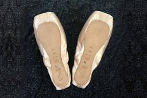 Pointe Shoe Tutorial
